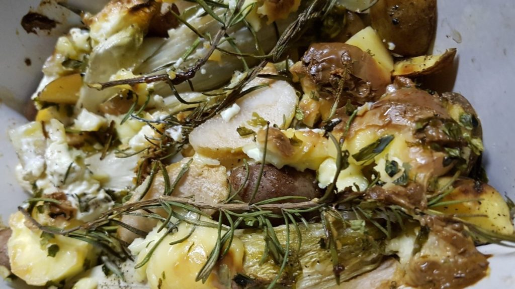 witlofschotel met peren en mascarpone